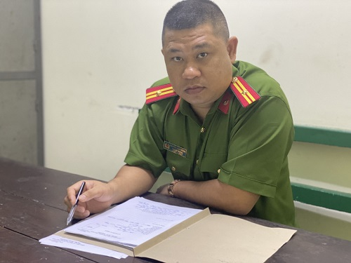 Thiếu tá Nguyễn Đức Thắng, Đội phó Đội Cảnh sát hình sự - Công an huyện Thuỷ Nguyên, TP Hải Phòng.