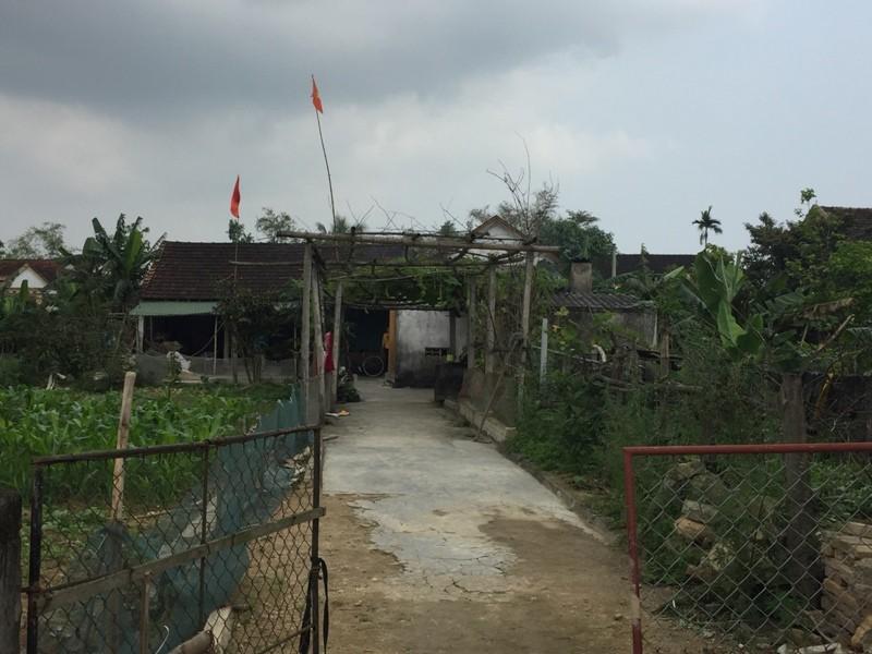 Hà Tĩnh: 20 năm chăm mẹ chồng bại liệt, người phụ nữ nuôi 4 con đỗ Đại học