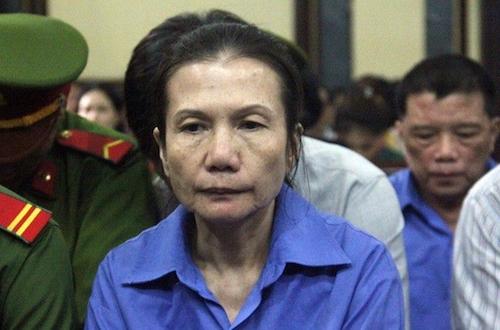 De nghi tu hinh nguyen giam doc Agribank Ben Thanh