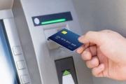 Đề xuất ngân hàng phải đền tiền cho khách khi thẻ từ bị giả mạo