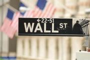 Phố Wall trả mức lương cao kỷ lục kể từ khủng hoảng tài chính năm 2008