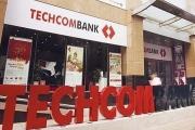 Techcombank thưởng cho 3 lãnh đạo mỗi người 100.000 cổ phiếu TCB