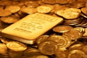 Giá vàng hôm nay 17/12: Nhu cầu cuối năm đẩy giá tăng mạnh