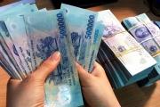 Nhân viên ngân hàng 'ngóng mong' thưởng Tết