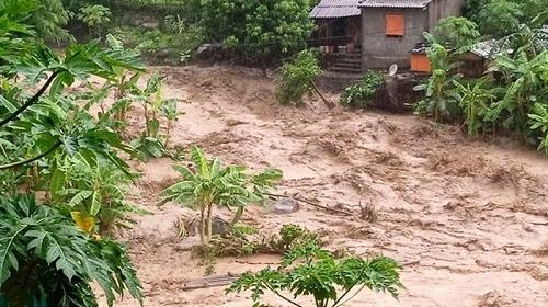 Thanh Hóa: Lại có lũ ở huyện Mường Lát, một phụ nữ bị cuốn mất tích